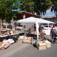Brocante à Port-Sainte-Foy